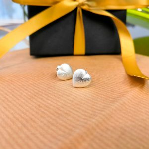 AMELIE FROST STUD EARRINGS